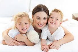 Anne Babalar Çocuklarına Nasıl Davranmalı?